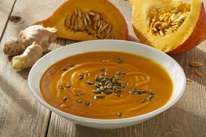 Осенний крем-суп из тыквы и кокосового молока