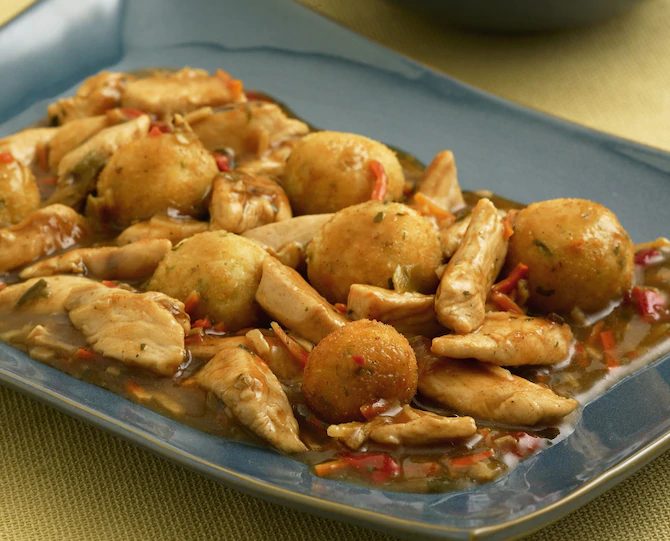 Курица с рисовыми шариками