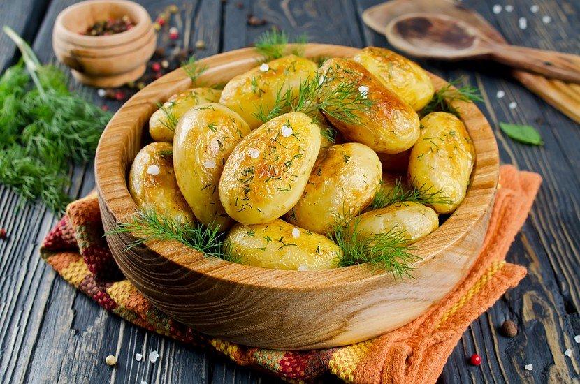 Как приготовить молодой картофель? Новые рецепты!