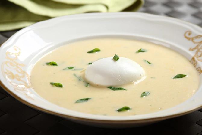 Крем-суп из лисичек по-французски