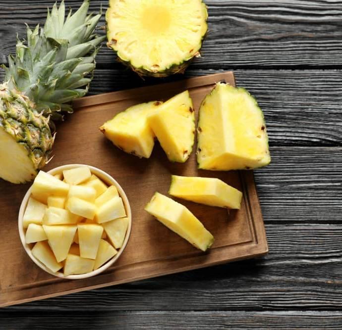 Как правильно очистить ананас?