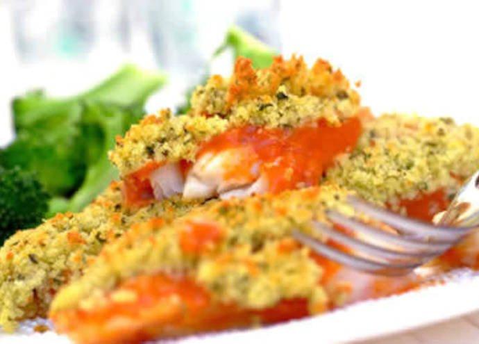 Запеченная рыба с помидорами и сыром Пармезан
