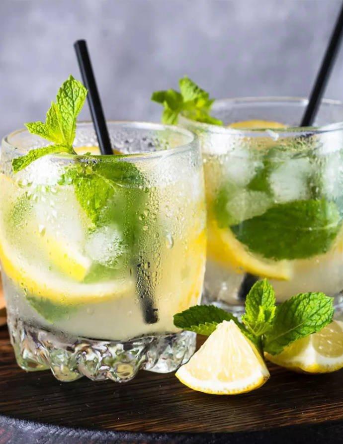 Шейкер и другие аксессуары для напитков, которые стоит иметь дома