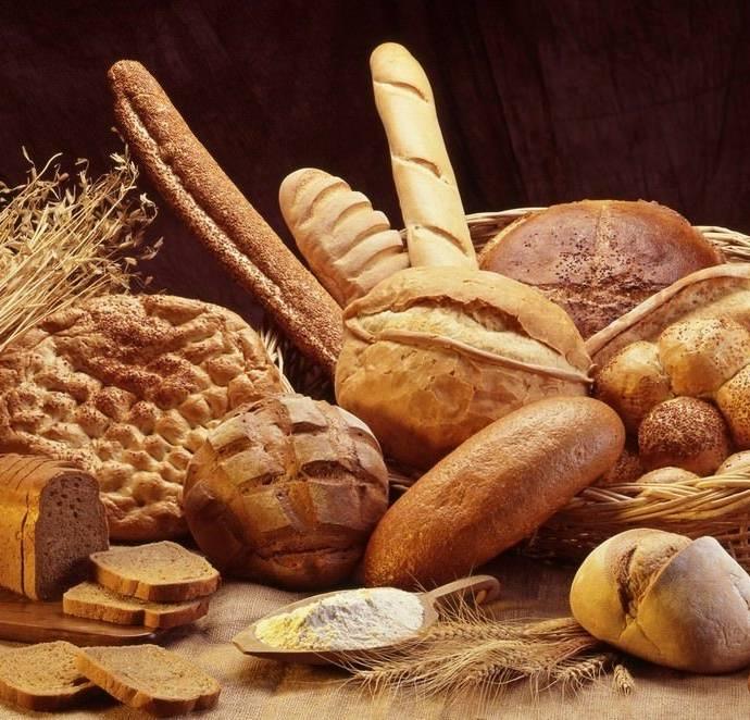 Как разморозить хлеб в духовке или в микроволновке?