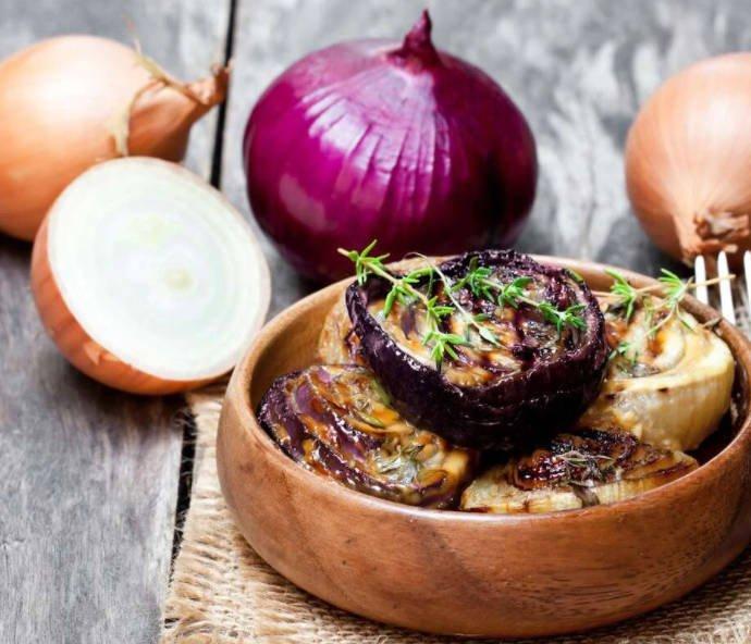 Карамелизированный лук — как приготовить?