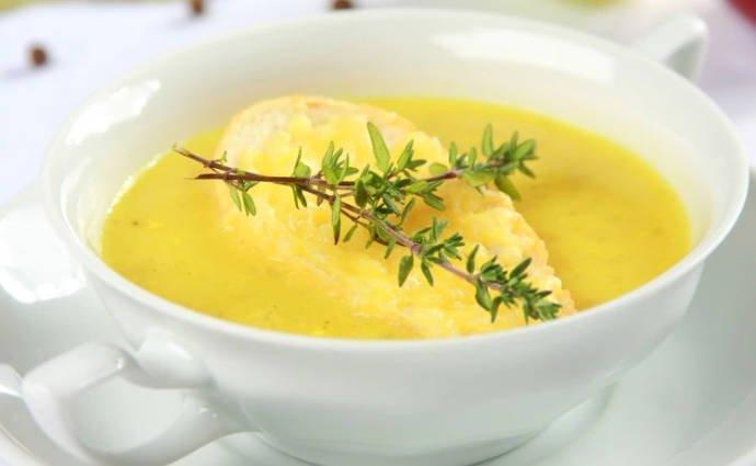 Луковый суп с карри
