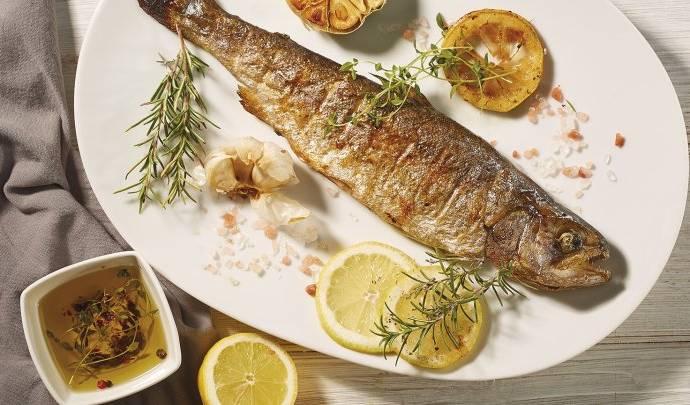Ароматная и сочная рыба, замаринованная в мультиварке